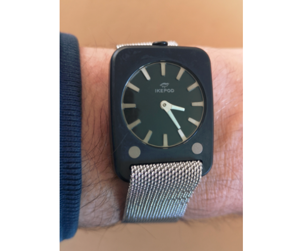 Solaris black case, grey strap