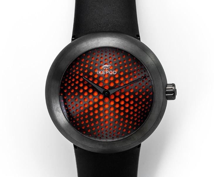 Horizon red dial