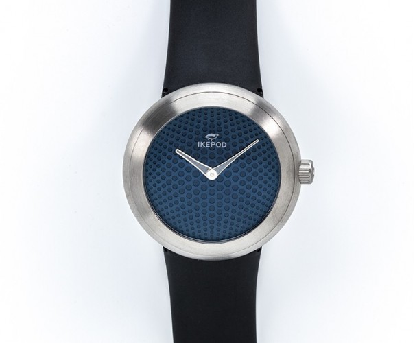 Horizon blue dial